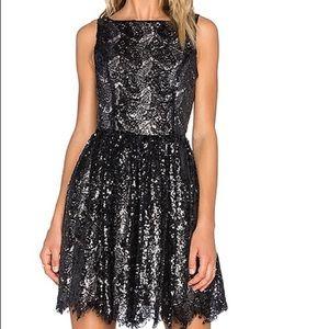 BB Dakota black squeeze dress - size small